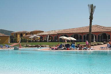 Sardegna nu venta club baia dei pini for Hotel sardegna budoni