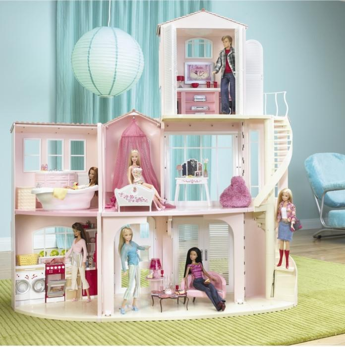 Casa dei sogni di barbie for Accessori per la casa di barbie